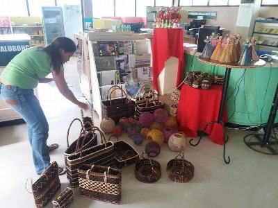 Leyte farmers benefit from abaca multi-stranded yarning machine